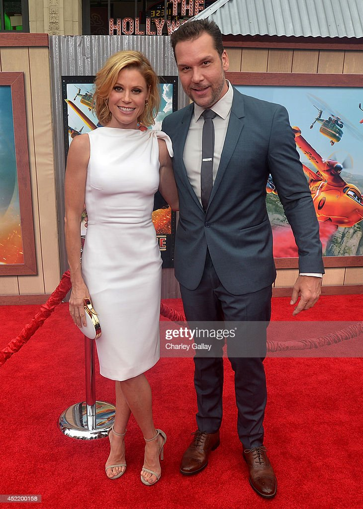 Actors <a gi-track='captionPersonalityLinkClicked' href=/galleries/search?phrase=Julie+Bowen&family=editorial&specificpeople=244057 ng-click='$event.stopPropagation()'>Julie Bowen</a> (L) and <a gi-track='captionPersonalityLinkClicked' href=/galleries/search?phrase=Dane+Cook&family=editorial&specificpeople=224026 ng-click='$event.stopPropagation()'>Dane Cook</a> attend World Premiere Of Disney's 'Planes: Fire & Rescue' at the El Capitan Theatre on July 15, 2014 in Hollywood, California.