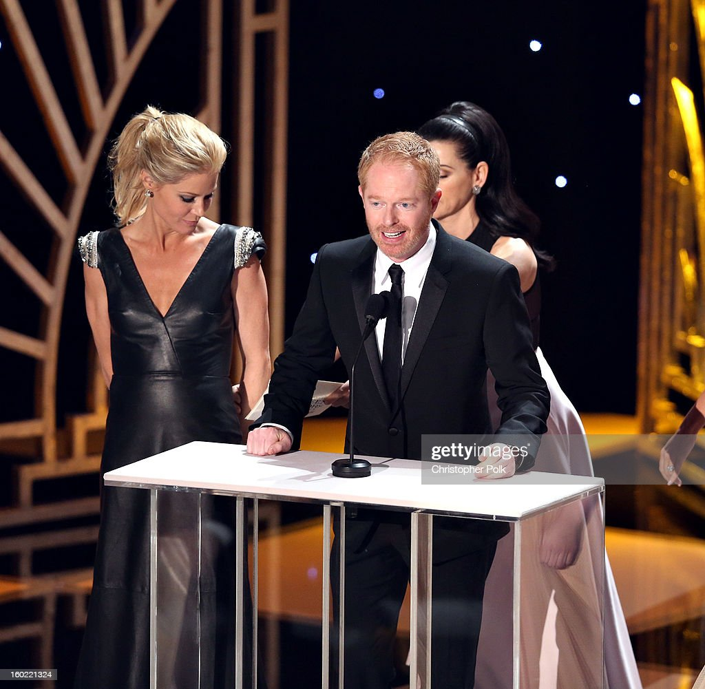 Actors Julie Bowen (L) and Jesse Tyler Ferguson attend the 19th Annual Screen Actors Guild Awards at The Shrine Auditorium on January 27, 2013 in Los Angeles, California. (Photo by Christopher Polk/WireImage) 23116_012_1666.JPG