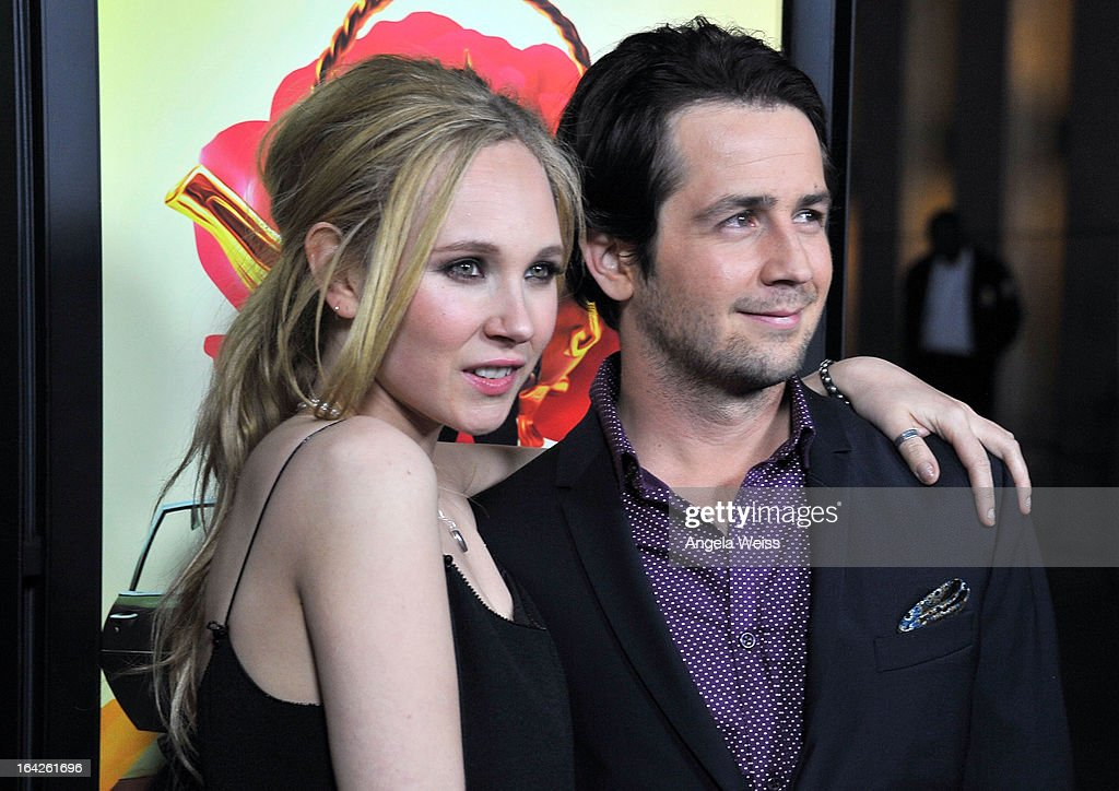 Actors <a gi-track='captionPersonalityLinkClicked' href=/galleries/search?phrase=Juno+Temple&family=editorial&specificpeople=4692912 ng-click='$event.stopPropagation()'>Juno Temple</a> and <a gi-track='captionPersonalityLinkClicked' href=/galleries/search?phrase=Michael+Angarano&family=editorial&specificpeople=226743 ng-click='$event.stopPropagation()'>Michael Angarano</a> arrive to the LA screening of Magnolia Pictures' 'The Brass Teapot' at ArcLight Hollywood on March 21, 2013 in Hollywood, California.