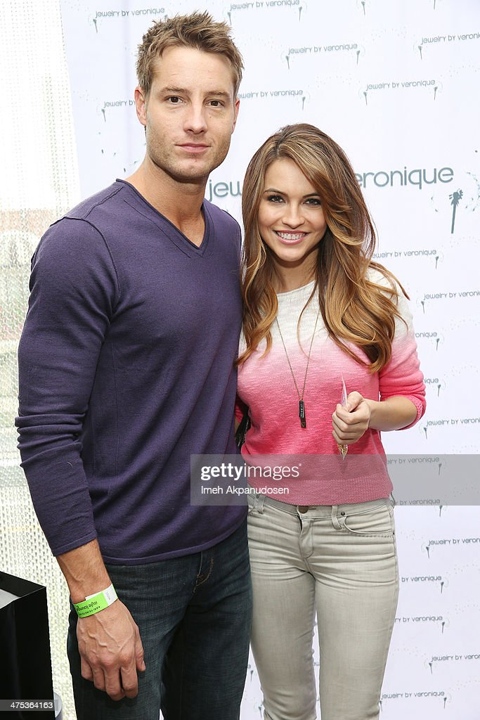 Actors Justin Hartley (L) and <a gi-track='captionPersonalityLinkClicked' href=/galleries/search?phrase=Chrishell+Stause&family=editorial&specificpeople=675283 ng-click='$event.stopPropagation()'>Chrishell Stause</a> attend Kari Feinstein's Pre-Academy Awards Style Lounge at the Andaz Hotel on February 27, 2014 in Los Angeles, California.
