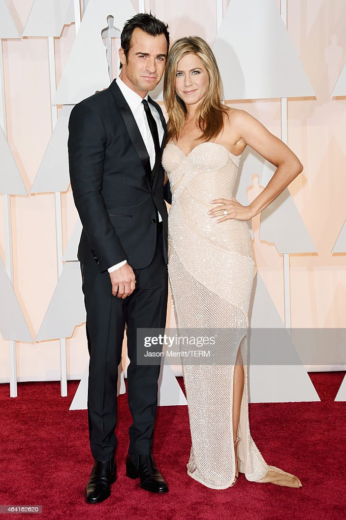 Actors Justin Theroux and Jennifer Aniston attend the 87th Annual Academy Awards at Hollywood Highland Center on February 22 2015 in Hollywood...