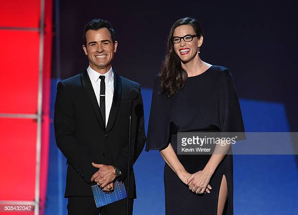 Actors Justin Theroux and Liv Tyler speak onstage during the 21st Annual Critics' Choice Awards at Barker Hangar on January 17 2016 in Santa Monica...