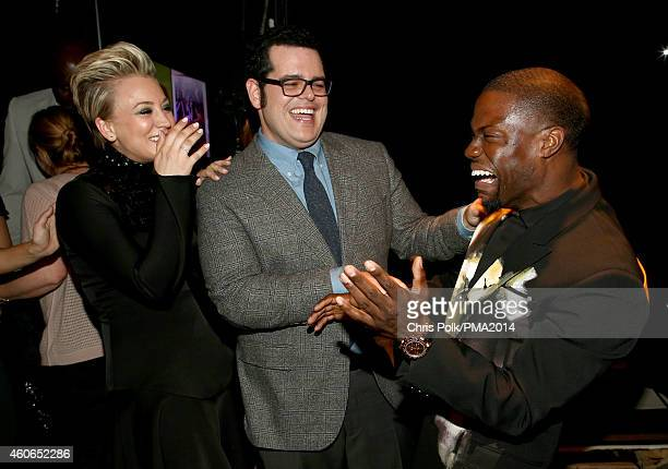 Actors Kaley Cuoco Josh Gad and Kevin Hart attend the PEOPLE Magazine Awards at The Beverly Hilton Hotel on December 18 2014 in Beverly Hills...