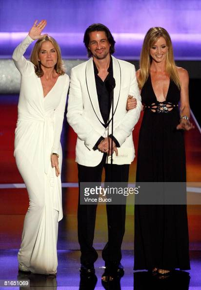 Actors Kassie DePaiva Michael Easton and Susan Haskell present the Outstanding Younger Actress in a Drama Series award during the 35th Annual Daytime...