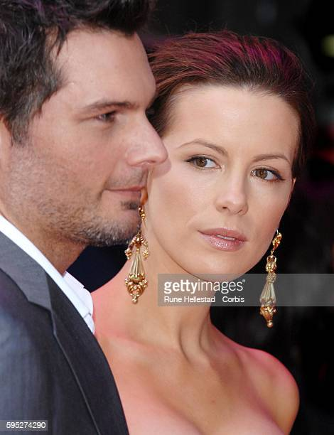 Actors Kate Beckinsale and Len Wiseman attend the premiere of 'Die Hard 40' in London