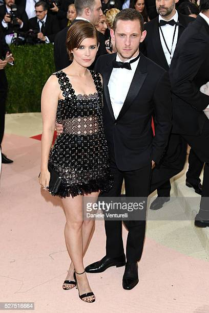 Actors Kate Mara and Jamie Bell attend the 'Manus x Machina Fashion In An Age Of Technology' Costume Institute Gala at Metropolitan Museum of Art on...