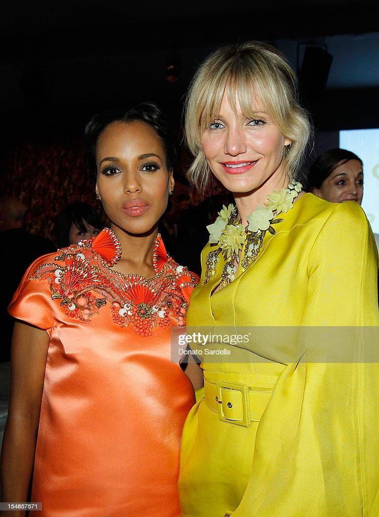 Actors <a gi-track='captionPersonalityLinkClicked' href=/galleries/search?phrase=Kerry+Washington&family=editorial&specificpeople=201534 ng-click='$event.stopPropagation()'>Kerry Washington</a> (L) and Cameron Diaz attend LACMA 2012 Art + Film Gala Honoring Ed Ruscha and Stanley Kubrick presented by Gucci at LACMA on October 27, 2012 in Los Angeles, California.
