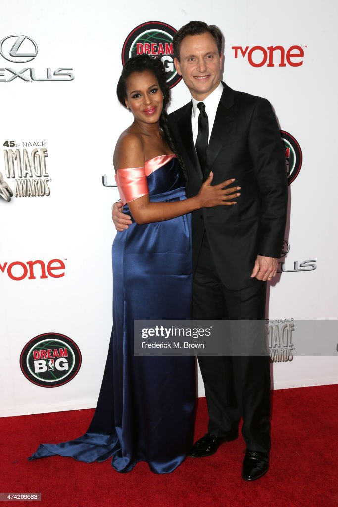 Actors <a gi-track='captionPersonalityLinkClicked' href=/galleries/search?phrase=Kerry+Washington&family=editorial&specificpeople=201534 ng-click='$event.stopPropagation()'>Kerry Washington</a> (L) and <a gi-track='captionPersonalityLinkClicked' href=/galleries/search?phrase=Tony+Goldwyn&family=editorial&specificpeople=234897 ng-click='$event.stopPropagation()'>Tony Goldwyn</a> attend the 45th NAACP Image Awards presented by TV One at Pasadena Civic Auditorium on February 22, 2014 in Pasadena, California.