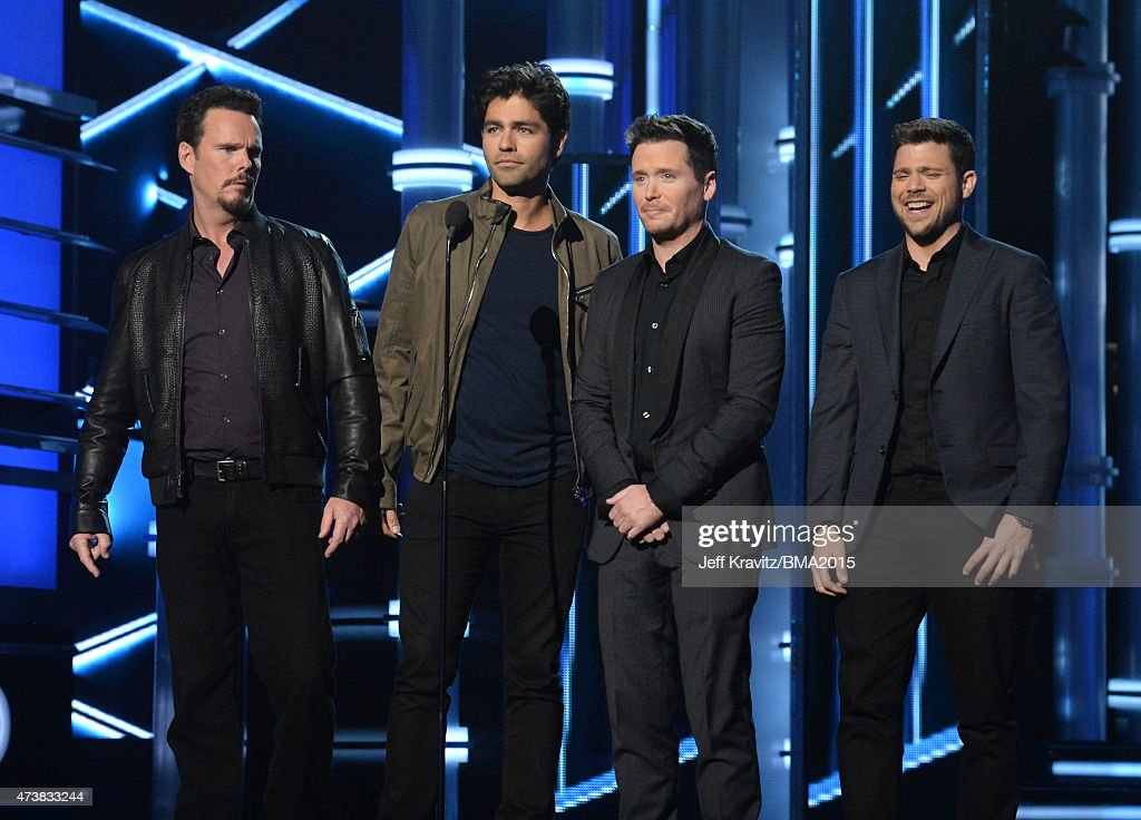 Actors Kevin Dillon, Adrian Grenier, Kevin Connolly and Jerry Ferrara speak onstage during the 2015 Billboard Music Awards at MGM Grand Garden Arena on May 17, 2015 in Las Vegas, Nevada.