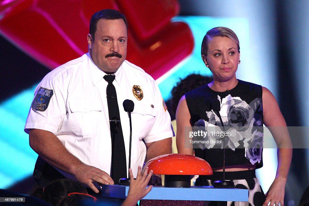 Actors kevin james l and kaley cuoco speak onstage for How many kids does kevin james have