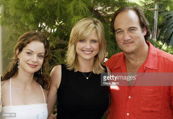 Actors Kimberly Williams Paisley Courtney...