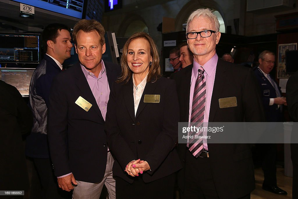Actors Kin Shriner, <a gi-track='captionPersonalityLinkClicked' href=/galleries/search?phrase=Genie+Francis&family=editorial&specificpeople=1065309 ng-click='$event.stopPropagation()'>Genie Francis</a> and Tony Geary of ABCÕs soap opera General Hospital ring the opening bell at the New York Stock Exchange on April 1, 2013 in New York City.