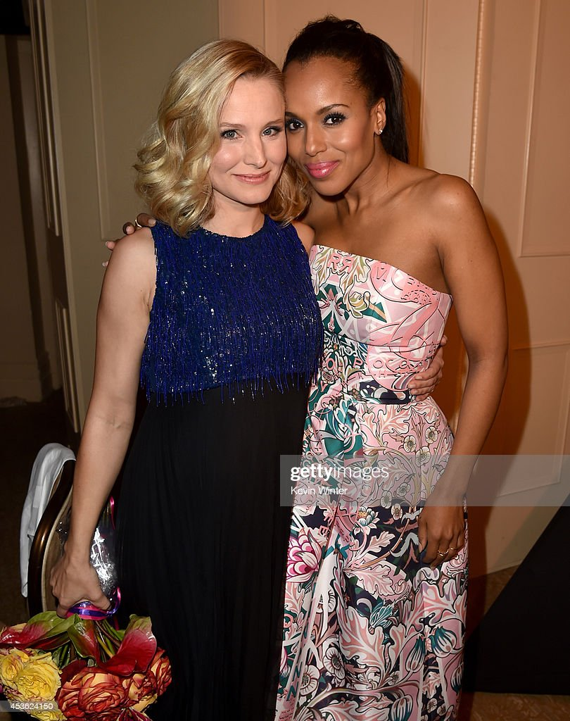 Actors Kristen Bell (L) and Kerry Washington attend the Hollywood Foreign Press Association's Grants Banquet at The Beverly Hilton Hotel on August 14, 2014 in Beverly Hills, California.