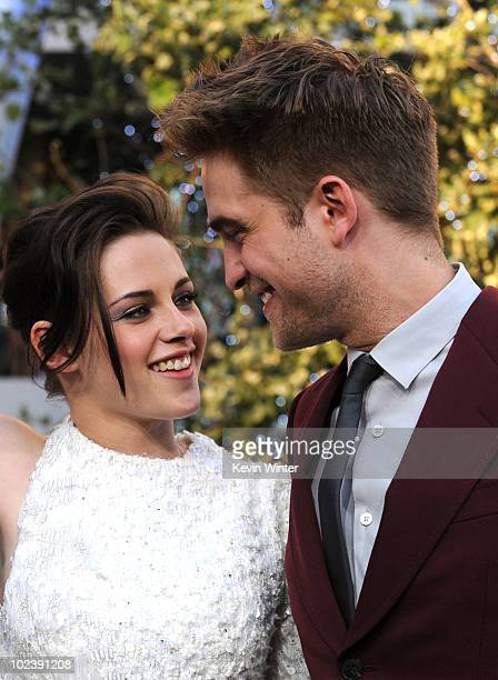 Actors Kristen Stewart and Robert Pattinson arrive at the premiere of Summit Entertainment's 'The Twilight Saga Eclipse' during the 2010 Los Angeles...