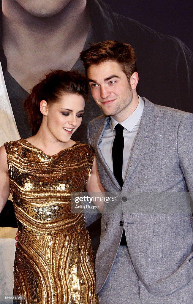 Actors Kristen Stewart and Robert Pattinson attend the 'The Twilight Saga: Breaking Dawn Part 2' Germany premiere at Cinestar on November 16, 2012 in Berlin, Germany.