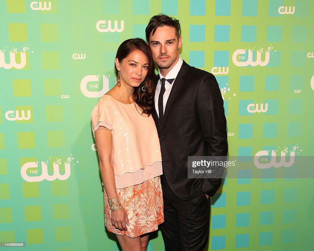 Actors <a gi-track='captionPersonalityLinkClicked' href=/galleries/search?phrase=Kristin+Kreuk&family=editorial&specificpeople=216415 ng-click='$event.stopPropagation()'>Kristin Kreuk</a> and Jay Ryan attend The CW Network's New York 2012 Upfront at New York City Center on May 17, 2012 in New York City.