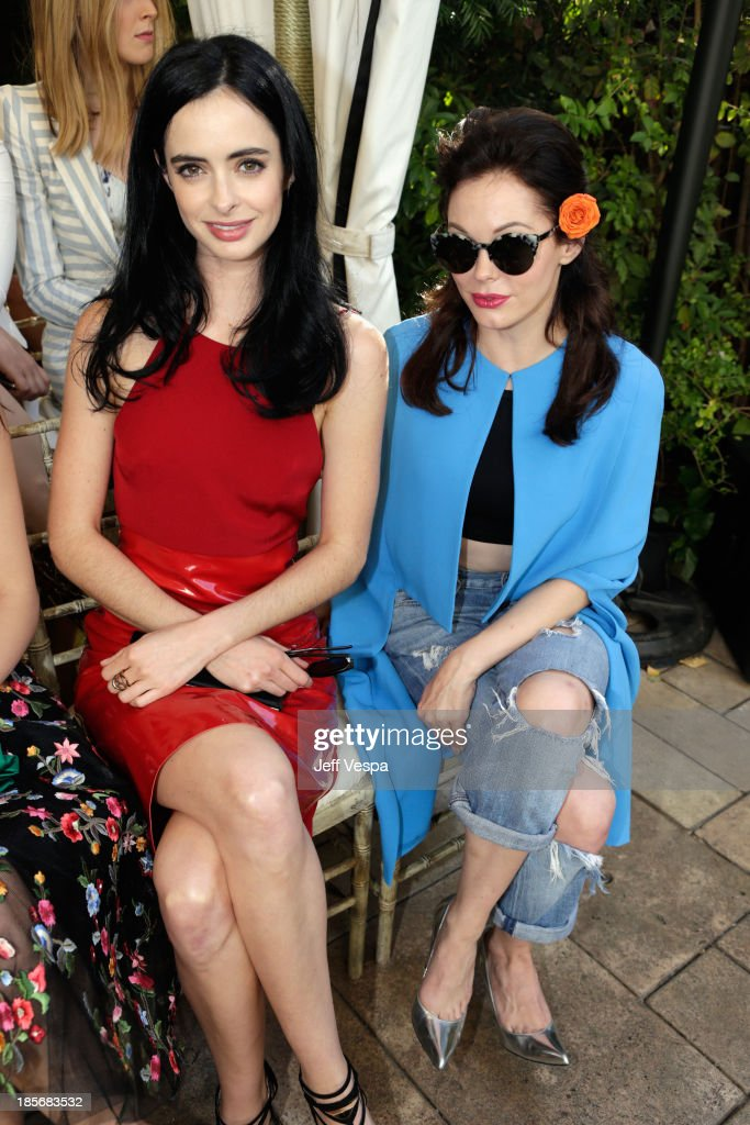 Actors <a gi-track='captionPersonalityLinkClicked' href=/galleries/search?phrase=Krysten+Ritter&family=editorial&specificpeople=655673 ng-click='$event.stopPropagation()'>Krysten Ritter</a> and <a gi-track='captionPersonalityLinkClicked' href=/galleries/search?phrase=Rose+McGowan&family=editorial&specificpeople=206451 ng-click='$event.stopPropagation()'>Rose McGowan</a> attend the 2013 CFDA/Vogue Fashion Fund Event Presented by thecorner.com and Supported by Audi, Living Proof, and MAC Cosmetics at the Chateau Marmont on October 23, 2013 in Los Angeles, California.