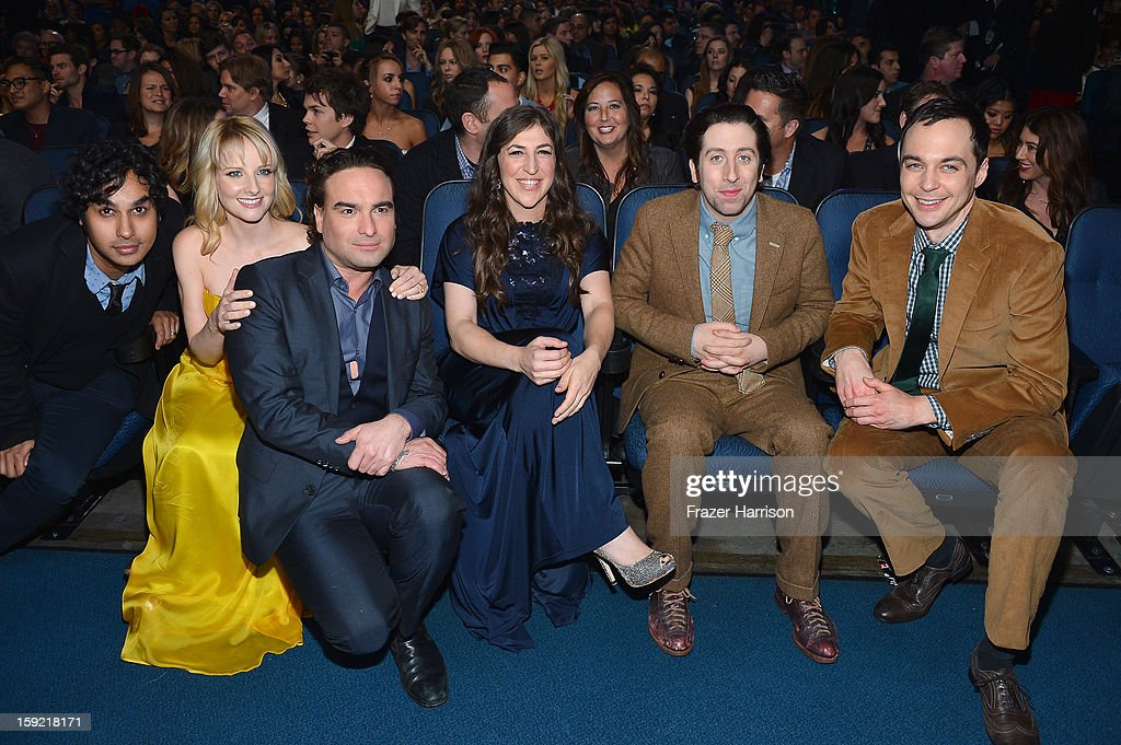 Actors (L-R) <a gi-track='captionPersonalityLinkClicked' href=/galleries/search?phrase=Kunal+Nayyar&family=editorial&specificpeople=4414736 ng-click='$event.stopPropagation()'>Kunal Nayyar</a>, <a gi-track='captionPersonalityLinkClicked' href=/galleries/search?phrase=Melissa+Rauch&family=editorial&specificpeople=887562 ng-click='$event.stopPropagation()'>Melissa Rauch</a>, <a gi-track='captionPersonalityLinkClicked' href=/galleries/search?phrase=Johnny+Galecki&family=editorial&specificpeople=832098 ng-click='$event.stopPropagation()'>Johnny Galecki</a>, <a gi-track='captionPersonalityLinkClicked' href=/galleries/search?phrase=Mayim+Bialik&family=editorial&specificpeople=1539271 ng-click='$event.stopPropagation()'>Mayim Bialik</a>, <a gi-track='captionPersonalityLinkClicked' href=/galleries/search?phrase=Simon+Helberg&family=editorial&specificpeople=3215017 ng-click='$event.stopPropagation()'>Simon Helberg</a> and <a gi-track='captionPersonalityLinkClicked' href=/galleries/search?phrase=Jim+Parsons&family=editorial&specificpeople=2480791 ng-click='$event.stopPropagation()'>Jim Parsons</a> attend the 39th Annual People's Choice Awards at Nokia Theatre L.A. Live on January 9, 2013 in Los Angeles, California.