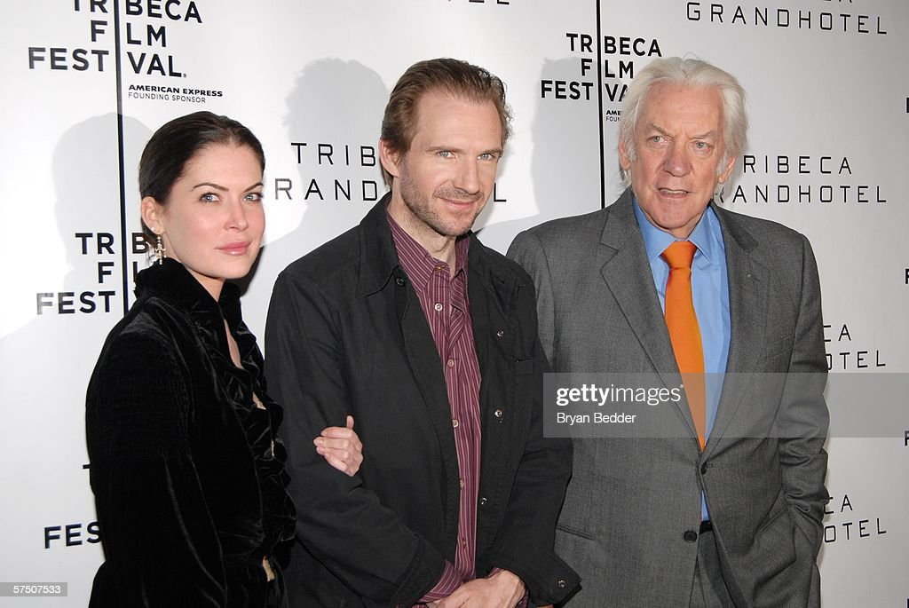 Actors Lara Flynn Boyle Ralph Fiennes and Donald Sutherland attend the press conference for the film 'Land Of The Blind' during the 5th Annual...