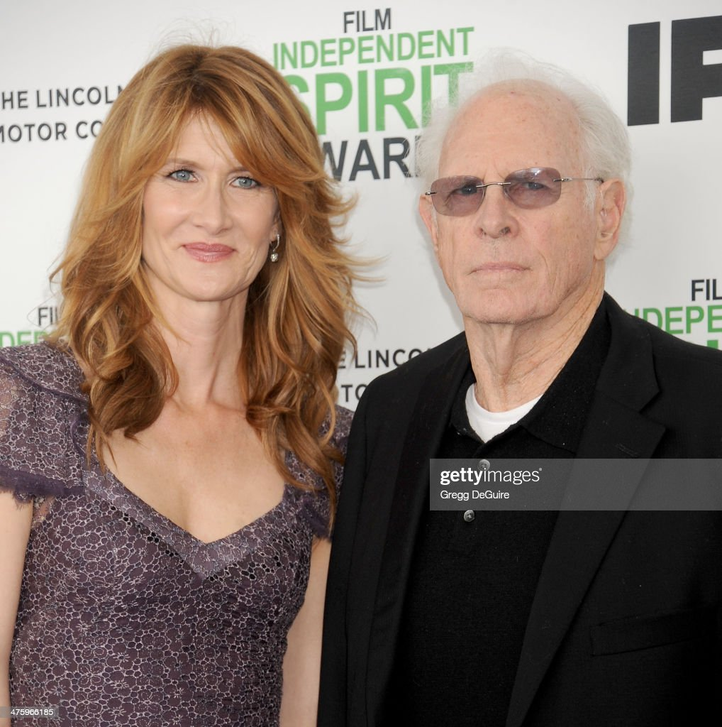 Actors Laura Dern and dad Bruce Dern arrive at the 2014 Film Independent Spirit Awards on March 1, 2014 in Santa Monica, California.