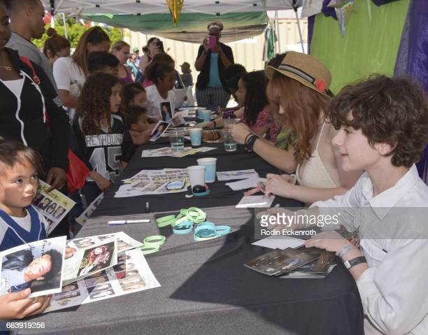 Actors Laya Deleon Hayes Serena Laurel and Jax Malcolm sign autographs at 17th Annual Children's Earth Day Extravaganza at Star Eco Station on April...
