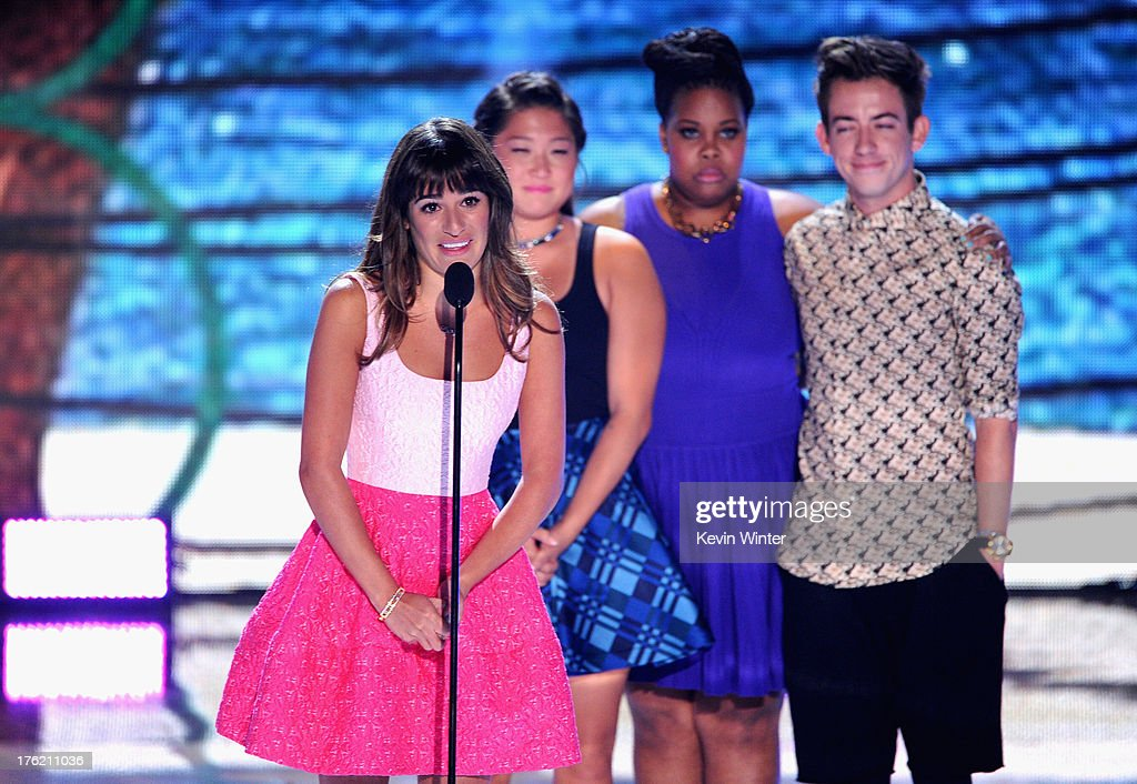 Actors Lea Michele, Jenna Ushkowitz, Amber Riley and Kevin McHale accept Choice TV Show: Comedy award for 'Glee' onstage during the Teen Choice Awards 2013 at Gibson Amphitheatre on August 11, 2013 in Universal City, California.