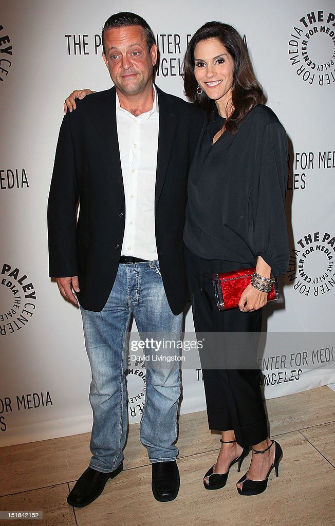 Actors Lenny Venito (L) and <a gi-track='captionPersonalityLinkClicked' href=/galleries/search?phrase=Jami+Gertz&family=editorial&specificpeople=220605 ng-click='$event.stopPropagation()'>Jami Gertz</a> attend The Paley Center for Media's 2012 PaleyFest: Fall TV Preview Party for ABC at The Paley Center for Media on September 11, 2012 in Beverly Hills, California.