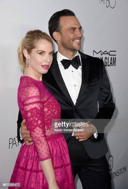 Actors Leslie Grossman and Cheyenne Jackson attend the amfAR Gala Los Angeles 2017 at Ron Burkle's Green Acres Estate on October 13 2017 in Beverly...