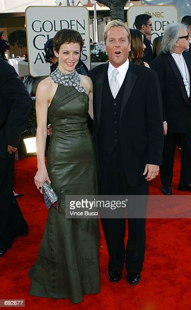 Actors Leslie Hope and Kiefer Sutherland attend the 59th Annual Golden Globe Awards at the Beverly Hilton Hotel January 20 2002 in Beverly Hills CA