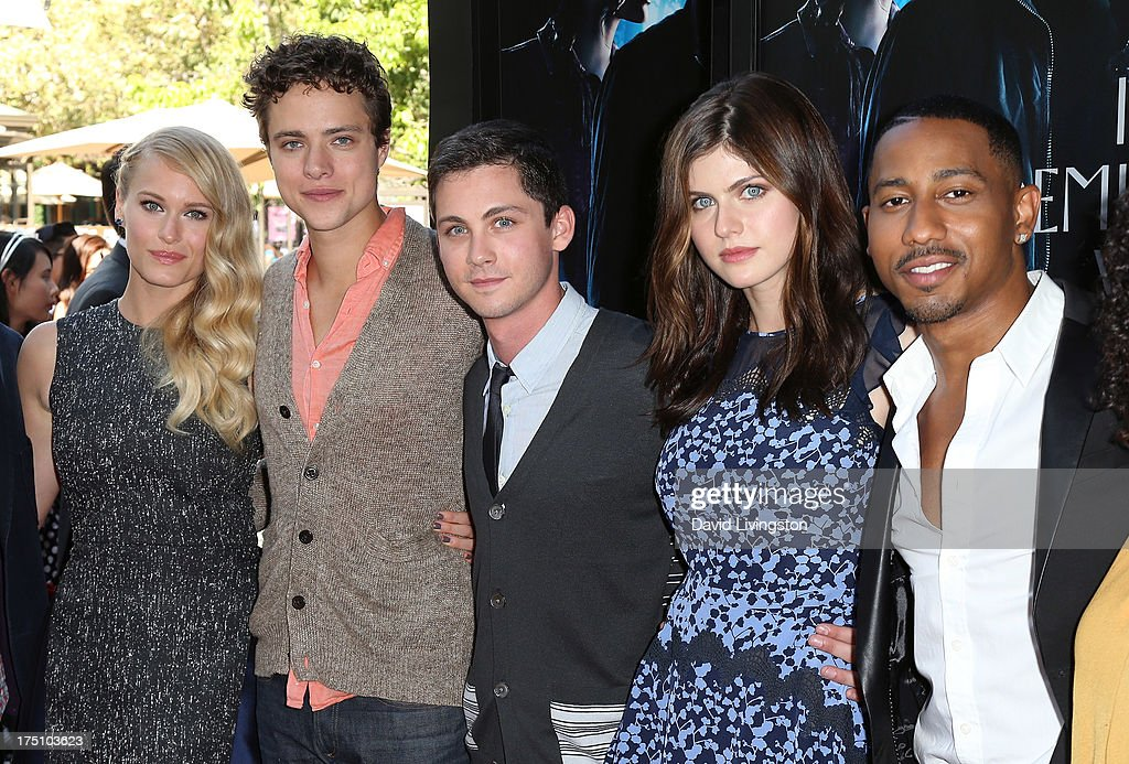 Actors <a gi-track='captionPersonalityLinkClicked' href=/galleries/search?phrase=Leven+Rambin&family=editorial&specificpeople=545914 ng-click='$event.stopPropagation()'>Leven Rambin</a>, Douglas Smith, <a gi-track='captionPersonalityLinkClicked' href=/galleries/search?phrase=Logan+Lerman&family=editorial&specificpeople=635439 ng-click='$event.stopPropagation()'>Logan Lerman</a>, <a gi-track='captionPersonalityLinkClicked' href=/galleries/search?phrase=Alexandra+Daddario&family=editorial&specificpeople=5679721 ng-click='$event.stopPropagation()'>Alexandra Daddario</a> and <a gi-track='captionPersonalityLinkClicked' href=/galleries/search?phrase=Brandon+T.+Jackson+-+Actor&family=editorial&specificpeople=865581 ng-click='$event.stopPropagation()'>Brandon T. Jackson</a> attend a screening of Twentieth Century Fox and Fox 2000's 'Percy Jackson: Sea of Monsters' at The Americana at Brand on July 31, 2013 in Glendale, California.