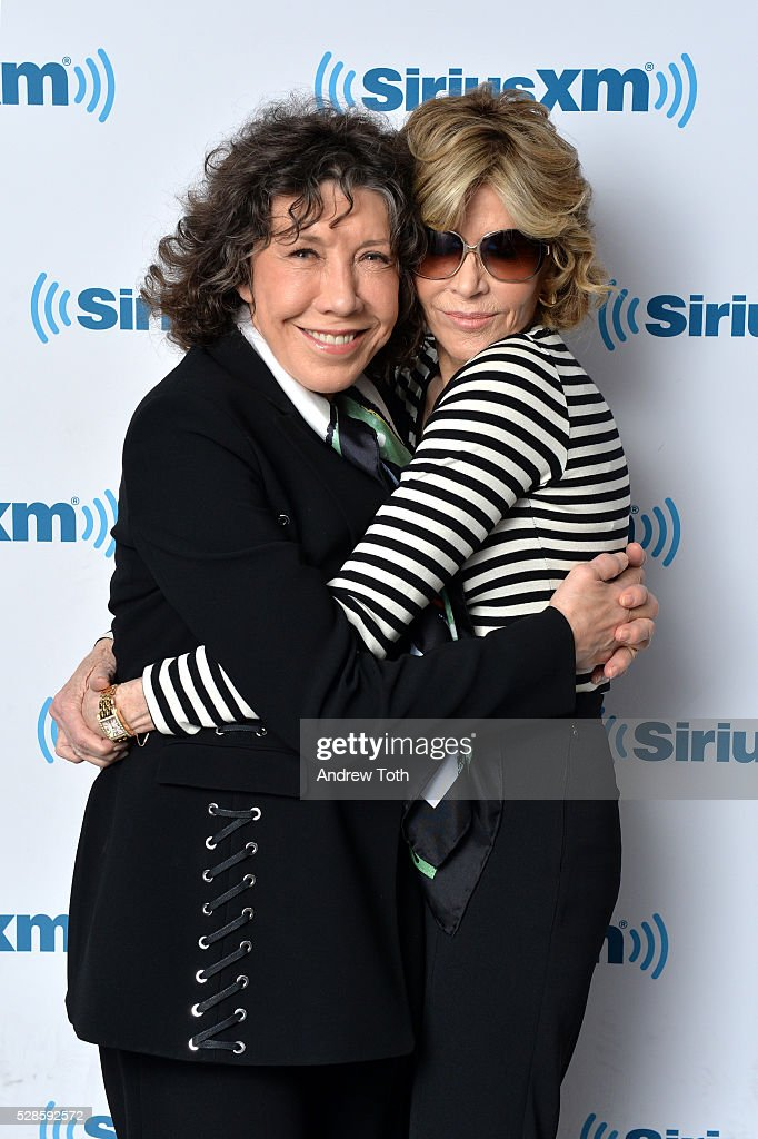 Actors <a gi-track='captionPersonalityLinkClicked' href=/galleries/search?phrase=Lily+Tomlin&family=editorial&specificpeople=208236 ng-click='$event.stopPropagation()'>Lily Tomlin</a> (L) and <a gi-track='captionPersonalityLinkClicked' href=/galleries/search?phrase=Jane+Fonda&family=editorial&specificpeople=202174 ng-click='$event.stopPropagation()'>Jane Fonda</a> visit SiriusXM on May 06, 2016 in New York, New York.