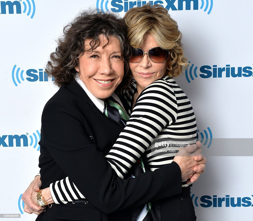 Actors Lily Tomlin (L) and Jane Fonda visit SiriusXM on May 06, 2016 in New York, New York.