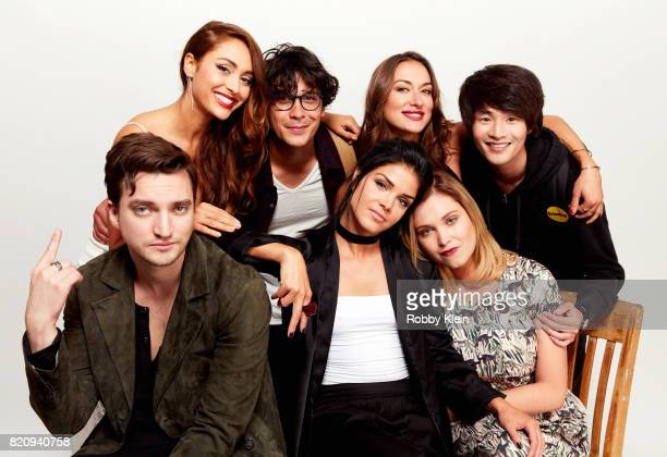 Actors Lindsey Morgan Bob Morley Tasya Teles Christopher Larkin Richard Harmon Marie Avgeropoulos and Eliza Taylor from CW's 'The 100' pose for a...