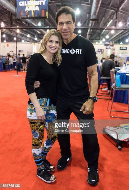 Actors Lou Ferrigno and Kristy Swanson attend Wizard World Comic Con Philadelphia 2017 Day 2 at Pennsylvania Convention Center on June 2 2017 in...