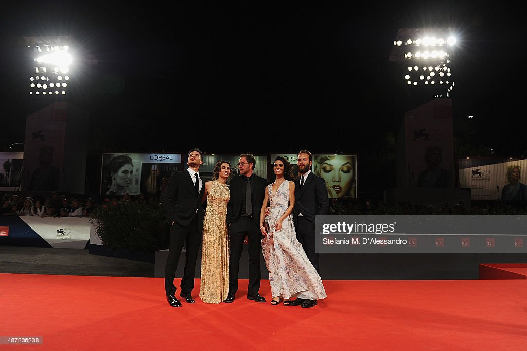 Actors <a gi-track='captionPersonalityLinkClicked' href=/galleries/search?phrase=Luca+Marinelli&family=editorial&specificpeople=7179366 ng-click='$event.stopPropagation()'>Luca Marinelli</a>, <a gi-track='captionPersonalityLinkClicked' href=/galleries/search?phrase=Silvia+D%27Amico&family=editorial&specificpeople=9515285 ng-click='$event.stopPropagation()'>Silvia D'Amico</a>, Valerio Mastrandrea, <a gi-track='captionPersonalityLinkClicked' href=/galleries/search?phrase=Roberta+Mattei&family=editorial&specificpeople=15025564 ng-click='$event.stopPropagation()'>Roberta Mattei</a> and <a gi-track='captionPersonalityLinkClicked' href=/galleries/search?phrase=Alessandro+Borghi&family=editorial&specificpeople=7442167 ng-click='$event.stopPropagation()'>Alessandro Borghi</a> attend a premiere for 'Don't Be Bad' during the 72nd Venice Film Festival at Palazzo del Casino on September 7, 2015 in Venice, Italy.