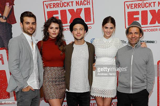 Actors Lucas Reiber Ruby O Fee Jascha Rust Lisa Tomaschewsky and director Mike Marzuk attend 'Verrueckt nach Fixi' premiere on October 8 2016 in...