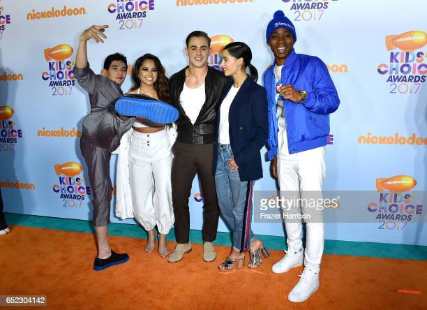 Actors Ludi Lin Becky G Dacre Montgomery Naomi Scott and RJ Cyler at Nickelodeon's 2017 Kids' Choice Awards at USC Galen Center on March 11 2017 in...