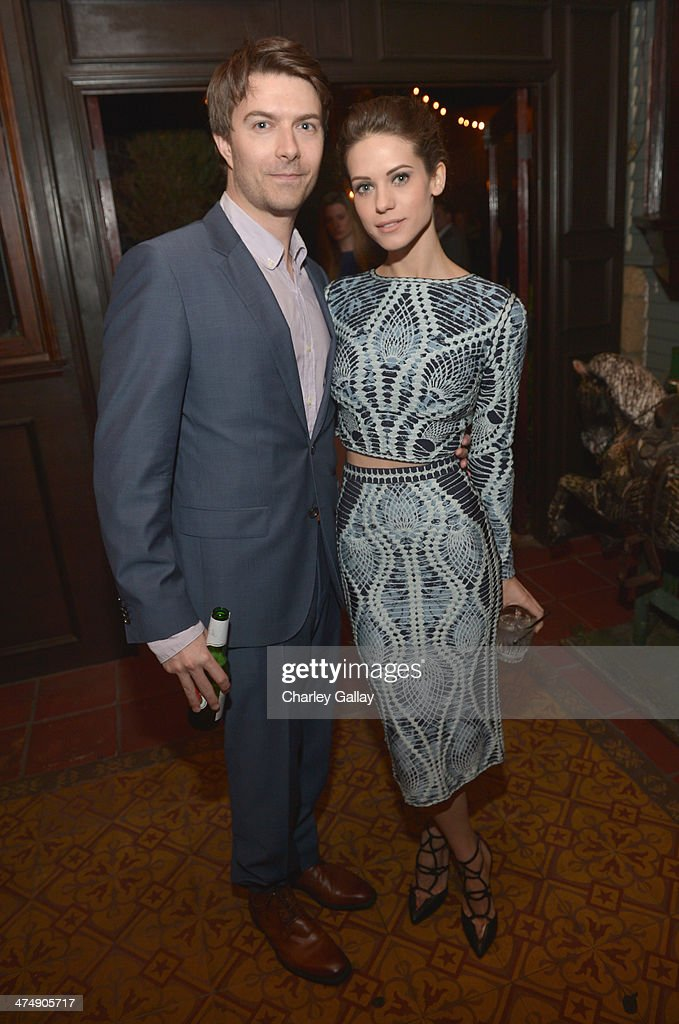 Actors <a gi-track='captionPersonalityLinkClicked' href=/galleries/search?phrase=Lyndsy+Fonseca&family=editorial&specificpeople=589307 ng-click='$event.stopPropagation()'>Lyndsy Fonseca</a> (R) and Noah Bean attends Vanity Fair and FIAT celebration of 'Young Hollywood' during Vanity Fair Campaign Hollywood at No Vacancy on February 25, 2014 in Los Angeles, California.