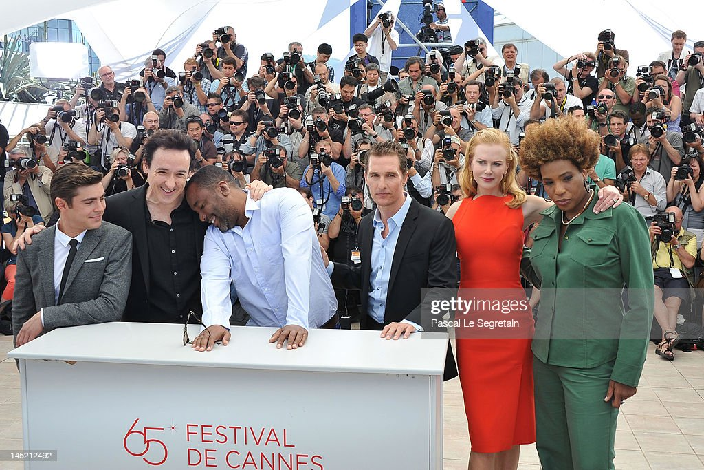 Actors Macy Gray, <a gi-track='captionPersonalityLinkClicked' href=/galleries/search?phrase=Nicole+Kidman&family=editorial&specificpeople=156404 ng-click='$event.stopPropagation()'>Nicole Kidman</a>, <a gi-track='captionPersonalityLinkClicked' href=/galleries/search?phrase=Matthew+McConaughey&family=editorial&specificpeople=201663 ng-click='$event.stopPropagation()'>Matthew McConaughey</a>, director <a gi-track='captionPersonalityLinkClicked' href=/galleries/search?phrase=Lee+Daniels&family=editorial&specificpeople=209078 ng-click='$event.stopPropagation()'>Lee Daniels</a>, John Cusack and <a gi-track='captionPersonalityLinkClicked' href=/galleries/search?phrase=Zac+Efron&family=editorial&specificpeople=533070 ng-click='$event.stopPropagation()'>Zac Efron</a> attend the 'The Paperboy' photocall during the 65th Annual Cannes Film Festival at Palais des Festivals on May 24, 2012 in Cannes, France.