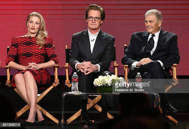 Actors Madchen Amick Kyle MacLachlan and Robert Forster of the television show 'Twin Peaks' speak onstage during the Showtime portion of the 2017...
