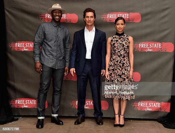 Actors Mahershala Ali Matthew McConaughey and Gugu MbathaRaw attends the photo call for STX Entertainment's 'Free State Of Jones' at Four Seasons...