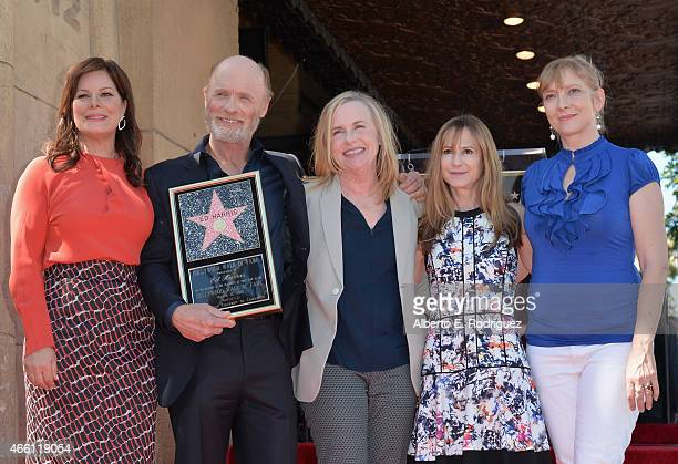 Actors Marcia Gay Harden Ed Harris Amy Madigan Holly Hunter and Glenne Headly attend a ceremony honoring Ed Harris with the 2546th Star on the...