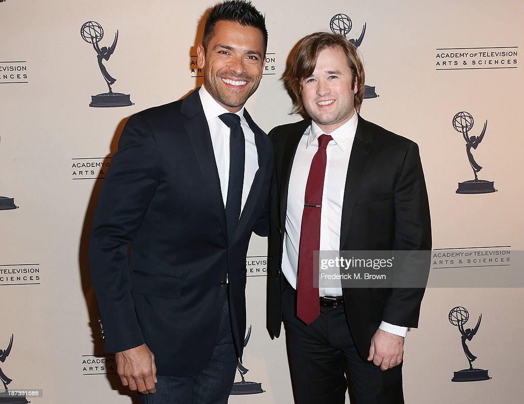 Actors <a gi-track='captionPersonalityLinkClicked' href=/galleries/search?phrase=Mark+Consuelos&family=editorial&specificpeople=234398 ng-click='$event.stopPropagation()'>Mark Consuelos</a> (L) and <a gi-track='captionPersonalityLinkClicked' href=/galleries/search?phrase=Haley+Joel+Osment&family=editorial&specificpeople=234648 ng-click='$event.stopPropagation()'>Haley Joel Osment</a> attend The Television Academy Presents an Evening with Amazon Studios at the Leonard H. Goldenson Theatre on November 7, 2013 in North Hollywood, California.