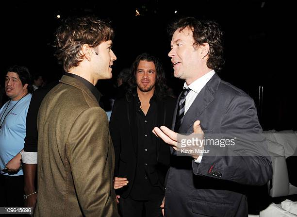 Actors MarkPaul Gosselaar Christian Kane and Timothy Hutton attend the 2009 Turner Upfront at Hammerstein Ballroom on May 20 2009 in New York City...