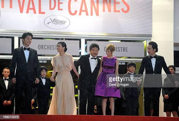 Actors Masaharu Fukuyama Keita Ninomiya Machiko Ono director Hirokazu Koreeda actors Yoko Maki Shogen Whang and Lily Franky attend the 'Soshite...