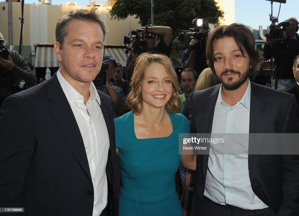 Actors <a gi-track='captionPersonalityLinkClicked' href=/galleries/search?phrase=Matt+Damon&family=editorial&specificpeople=202093 ng-click='$event.stopPropagation()'>Matt Damon</a>, <a gi-track='captionPersonalityLinkClicked' href=/galleries/search?phrase=Jodie+Foster&family=editorial&specificpeople=204488 ng-click='$event.stopPropagation()'>Jodie Foster</a> and <a gi-track='captionPersonalityLinkClicked' href=/galleries/search?phrase=Diego+Luna&family=editorial&specificpeople=213511 ng-click='$event.stopPropagation()'>Diego Luna</a> attend the premiere of TriStar Pictures' 'Elysium' at Regency Village Theatre on August 7, 2013 in Westwood, California.