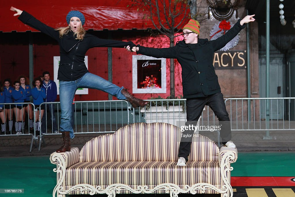 Actors Matthew Broderick and Kelli O'Hara perform with the cast of 'Nice Work if You Can Get It' during day two of the 86th Anniversary Macy's Thanksgiving Day Parade Rehearsals at Macy's Herald Square on November 20, 2012 in New York City.