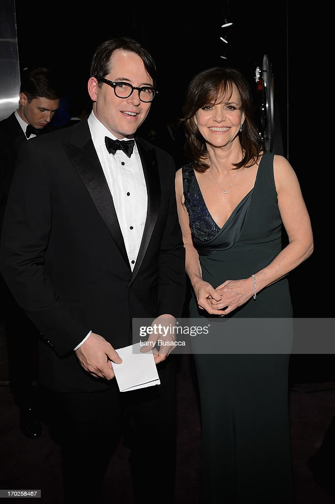 Actors <a gi-track='captionPersonalityLinkClicked' href=/galleries/search?phrase=Matthew+Broderick&family=editorial&specificpeople=201912 ng-click='$event.stopPropagation()'>Matthew Broderick</a> and <a gi-track='captionPersonalityLinkClicked' href=/galleries/search?phrase=Sally+Field&family=editorial&specificpeople=206350 ng-click='$event.stopPropagation()'>Sally Field</a> attend The 67th Annual Tony Awards green room at Radio City Music Hall on June 9, 2013 in New York City.