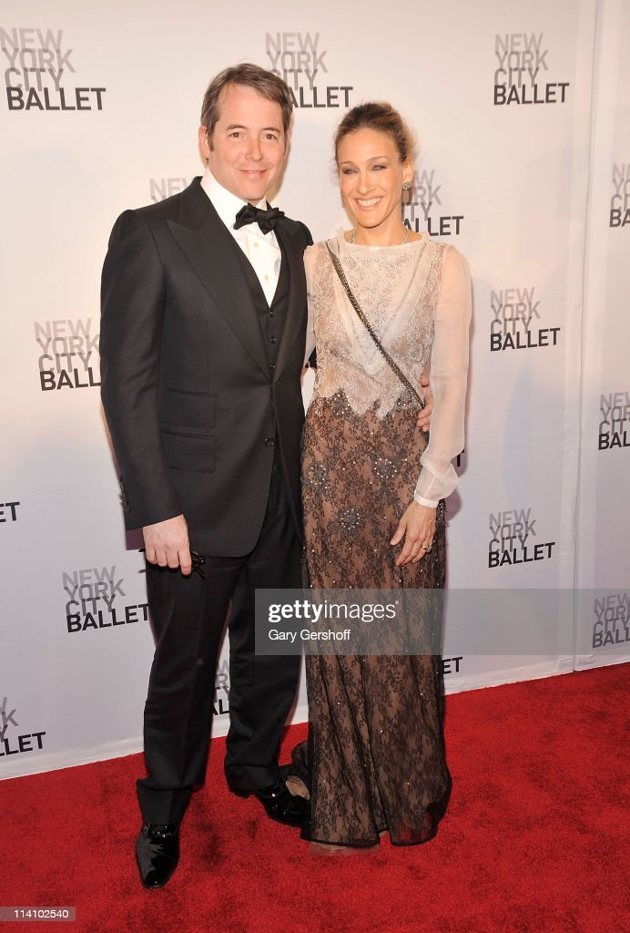 Actors <a gi-track='captionPersonalityLinkClicked' href=/galleries/search?phrase=Matthew+Broderick&family=editorial&specificpeople=201912 ng-click='$event.stopPropagation()'>Matthew Broderick</a> (L) and wife <a gi-track='captionPersonalityLinkClicked' href=/galleries/search?phrase=Sarah+Jessica+Parker&family=editorial&specificpeople=201693 ng-click='$event.stopPropagation()'>Sarah Jessica Parker</a> attend the 2011 New York City Ballet spring gala at the David H. Koch Theater, Lincoln Center on May 11, 2011 in New York City.