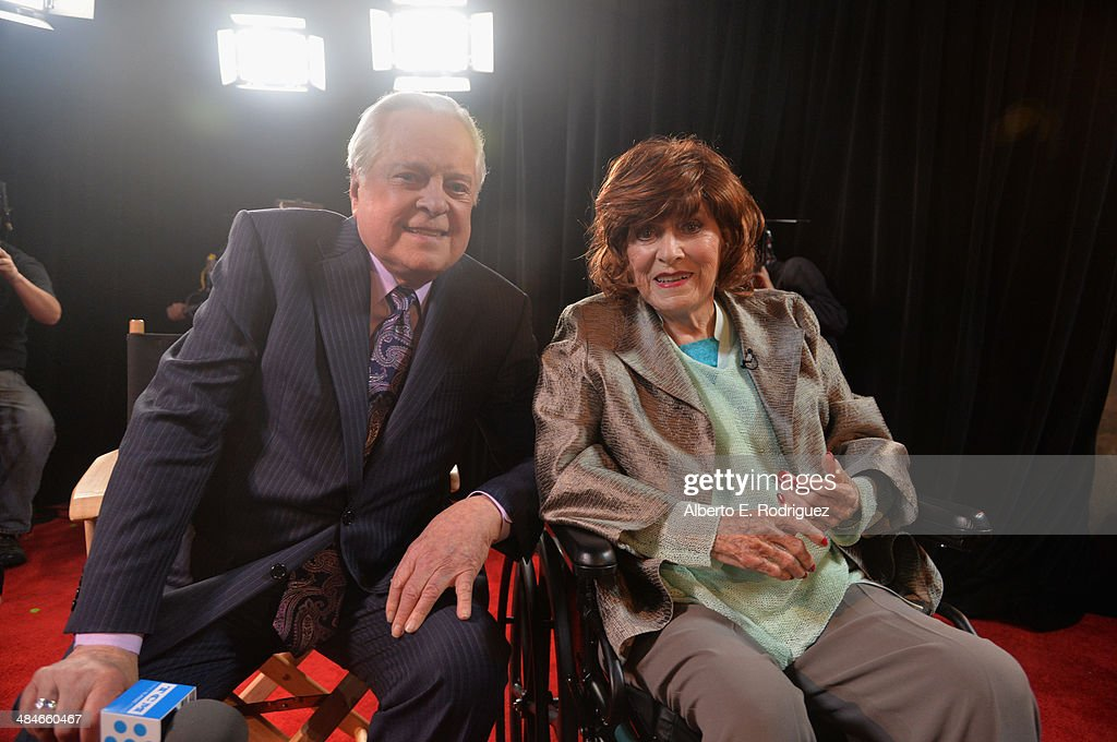 Actors Maureen O'Hara and Robert Osborne speak during a conversation with Robert Osborne and Maureen O'Hara at The Roosevelt Hotel during the 2014...